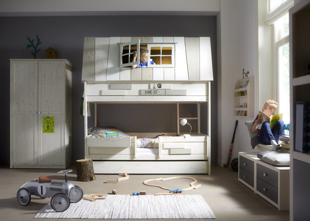 Boys Adventure Hang-Out Bunk-Bed from Cuckooland